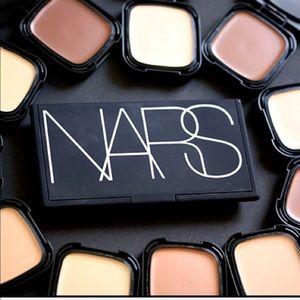 NARS cream compact PUNJAB medium 1
